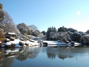 Shinjyuku Garden Snow (4)_S.JPG